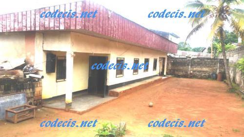 Villa en 02 appartements à vendre à Nsam, Yaoundé